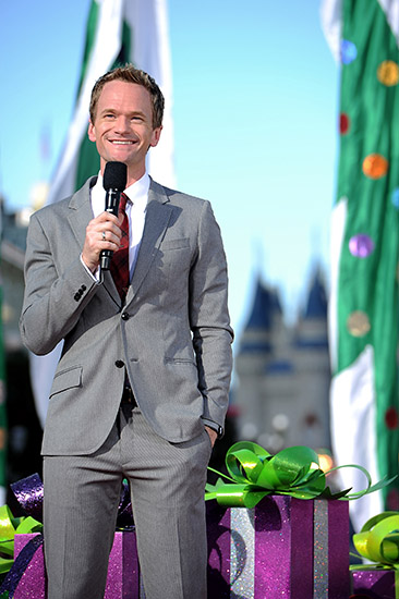 Neil Patrick Harris and Mickey Mouse to host World of Color – Celebrate! The Wonderful World of Walt Disney