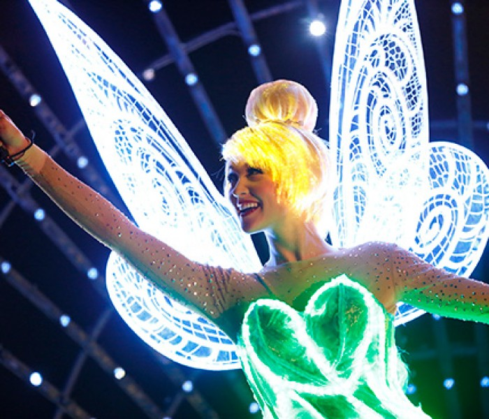 VIDEO: Behind the Scenes of 'Paint the Night' Parade