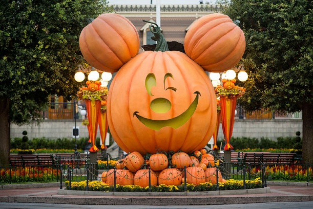 Tips for Mickey's Halloween Party at the Disneyland Resort