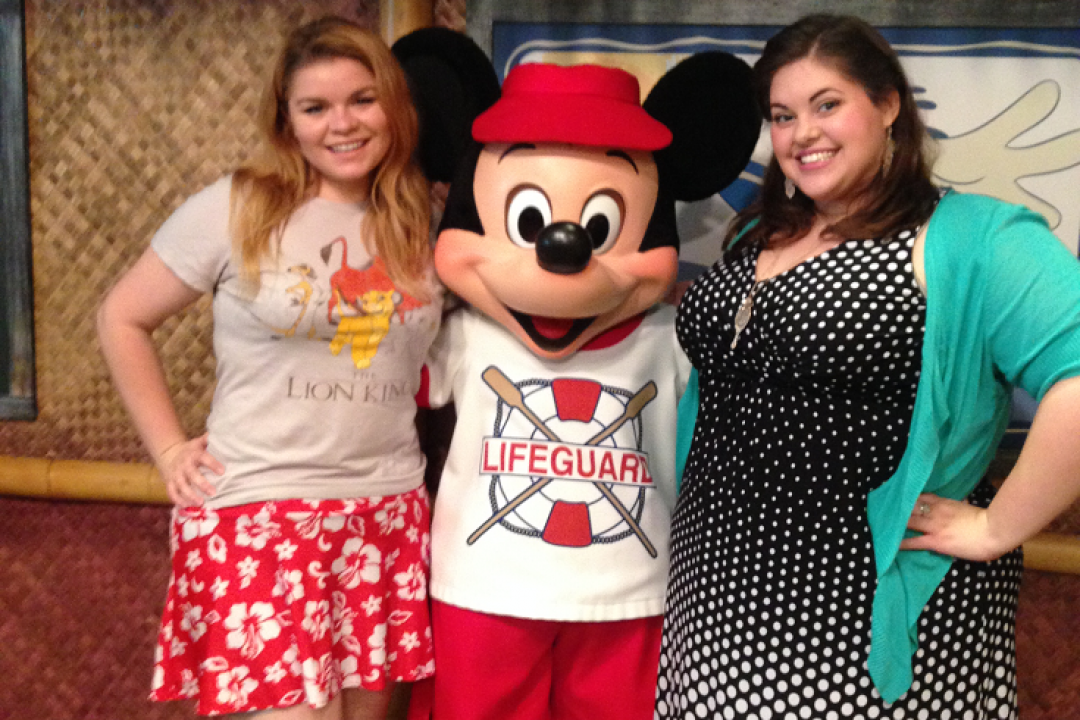 Disneyland Resort's 'Surf's Up Breakfast with Mickey & Friends' Offers Fun Times & Great Food