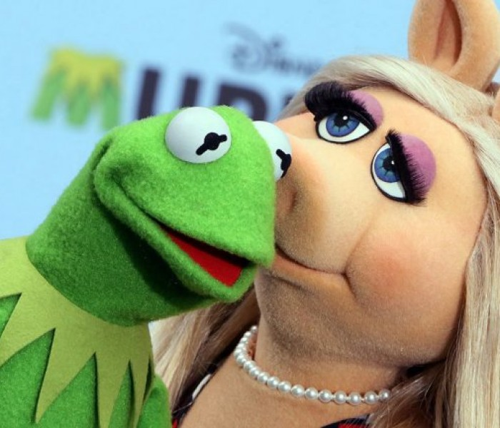'The Muppets' Producer Explains Reason for Kermit the Frog & Miss Piggy Breakup